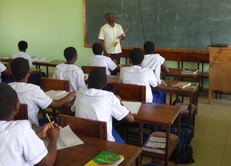 Nieuw klaslokaal in Tanzania